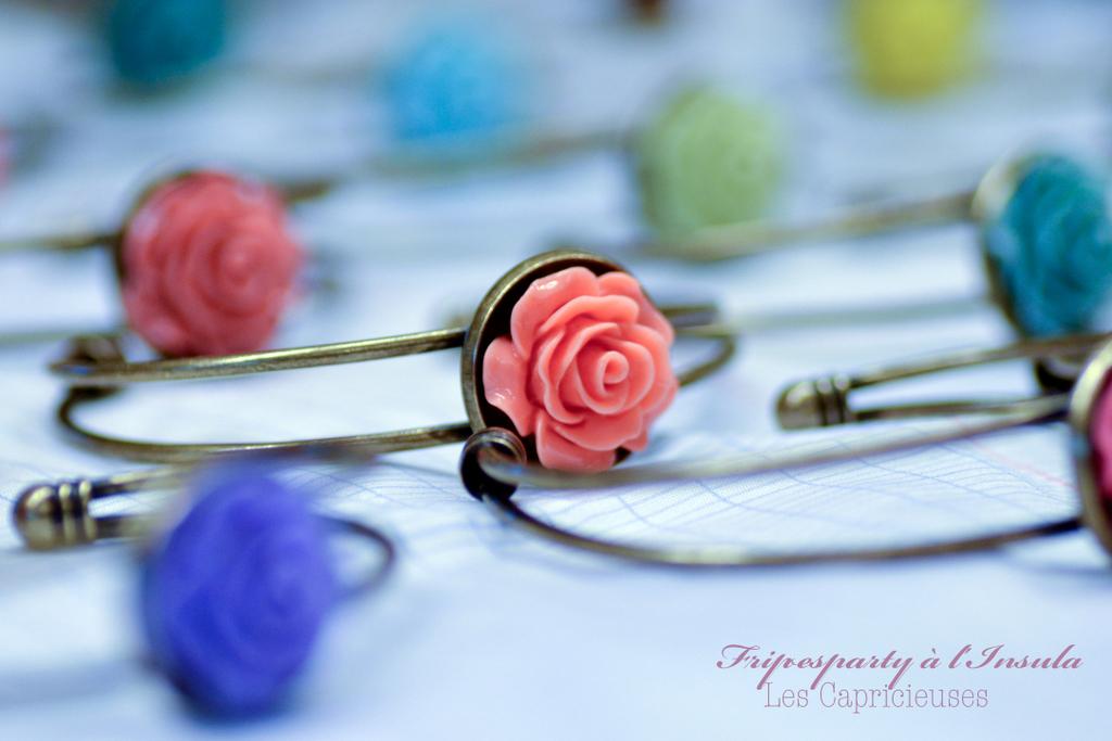 Bracelet fleur en résine vernis 3