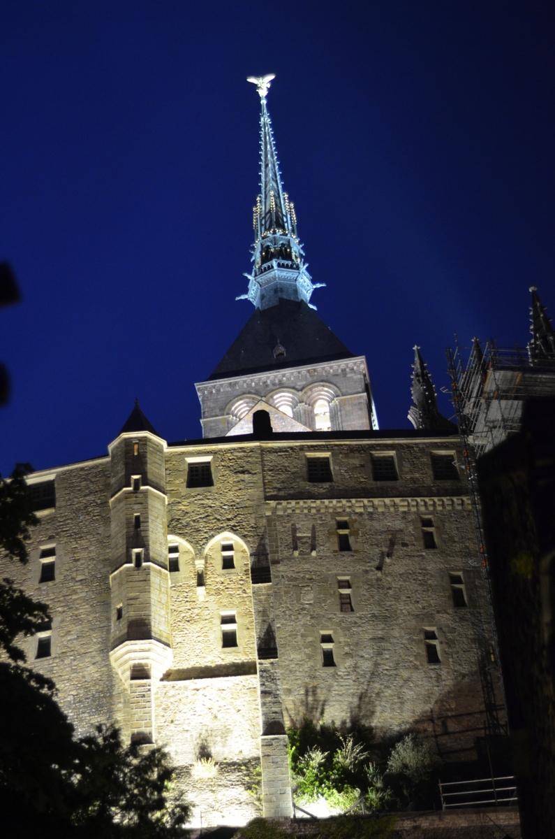 éclairage nuit mont saint michel