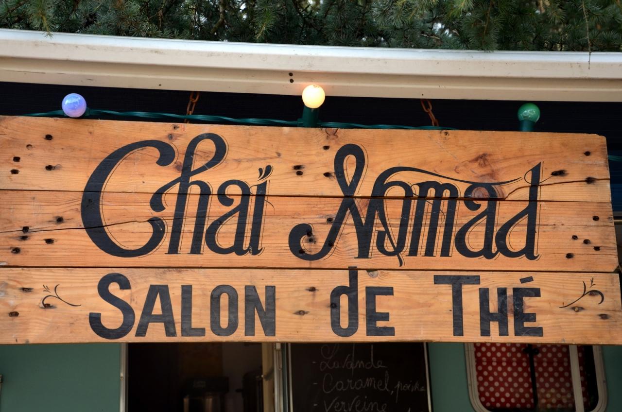 Chaï Nomad pancarte